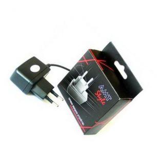 Сетевое зарядное устройство (СЗУ) FLY B700, DS420